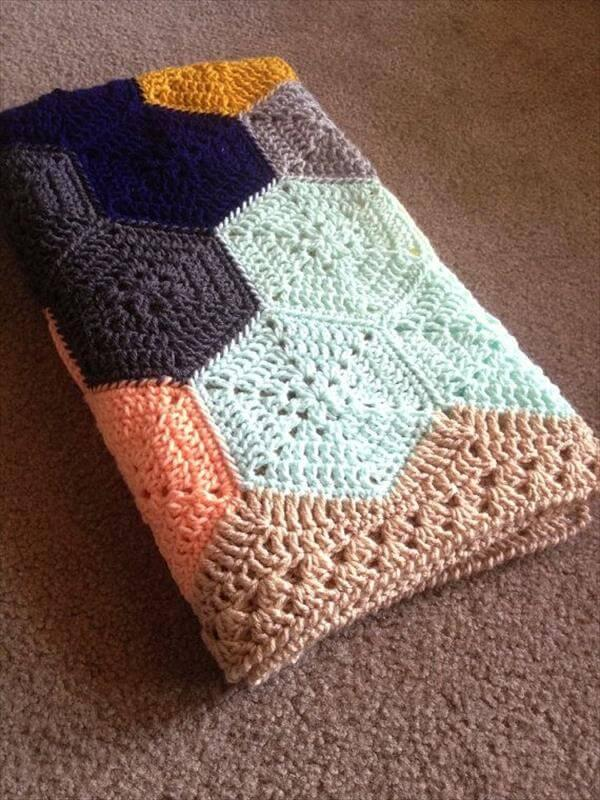 free geometric lace crochet baby blanket
