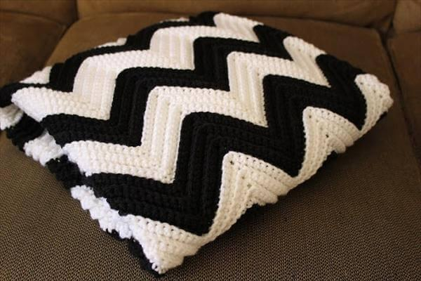 chic white and black chevron crochet blanket
