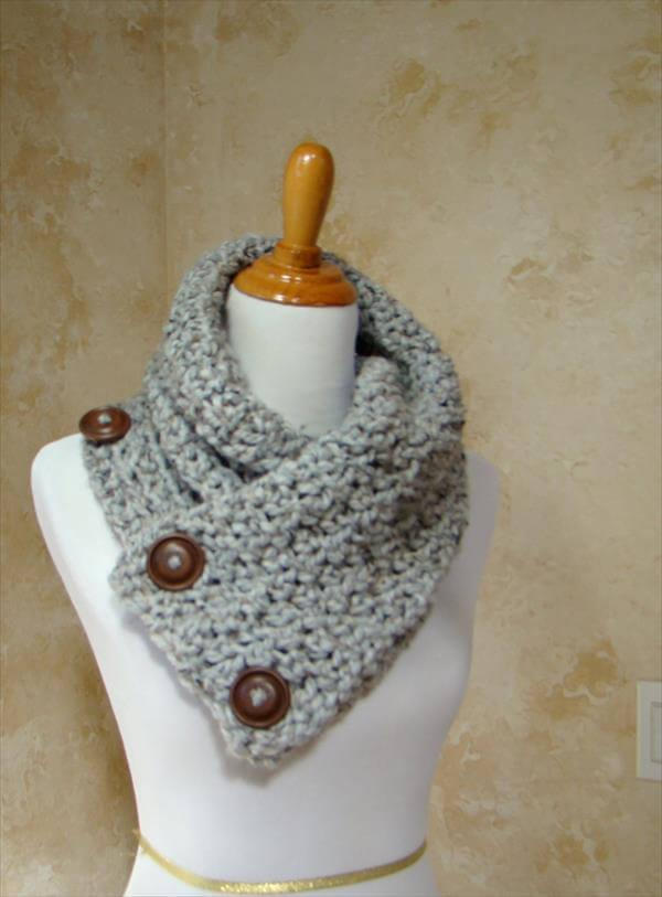 free crochet 3 button scarf