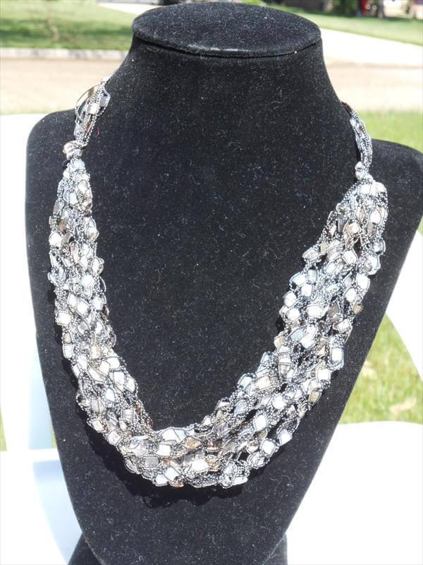 free corchet trellis necklace for women