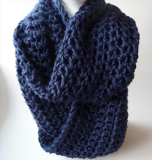 DIY Blue Crochet Infinity Scarf Pattern