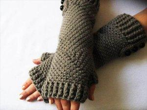 Beautiful Crochet Fingerless Gloves