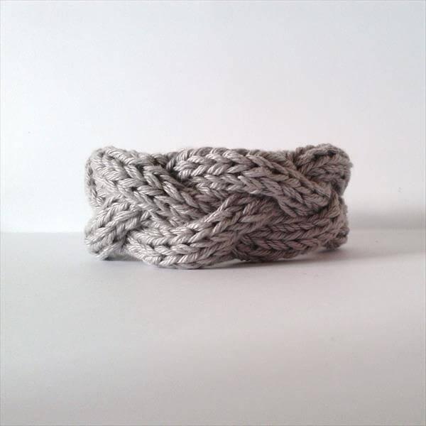 easy cable crochet bracelet pattern