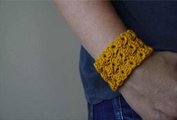easy crochet cuff pattern
