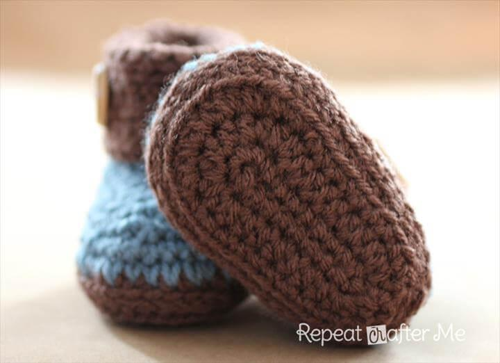 diy crochet baby cuffed booties