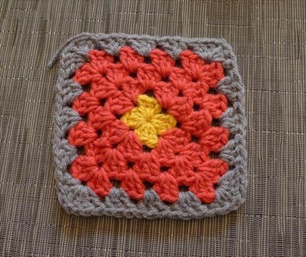 crochet granny sqaure