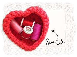 free crochet hear shape basket